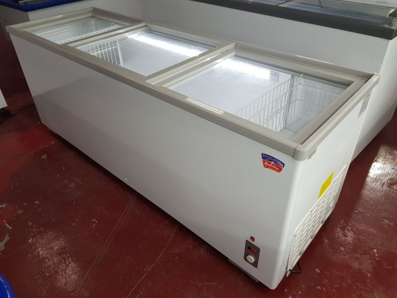 Glass Top Island Freezer 1 5m Appliances Durban